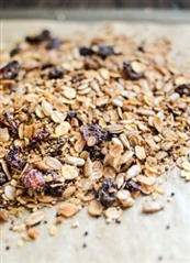 Quinoa Oat Sunflower Seed Fruit Granola